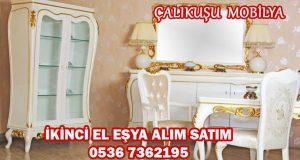 Klasik Yatak ve Yemek Odası Alanlar